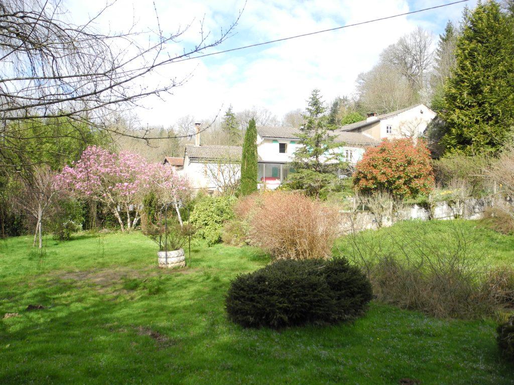 Centre Espérance bâti et jardin